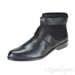 Clarks Bizzy Show Womens Black Boot