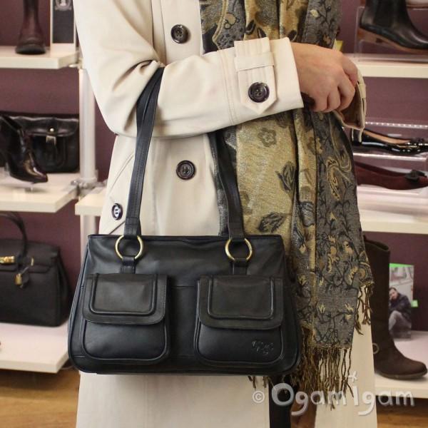 Gigi Womens Drak Navy Leather Handbag