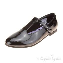 Clarks SelseyFudge Jnr Girls Black Patent School Shoe