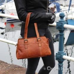 Spikes and Sparrow 24548 Womens Barndy Handbag