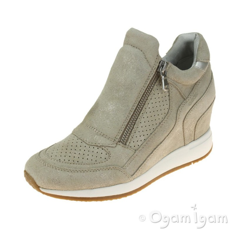 add7d5103e5 Geox Nydame Womens Light Taupe Shoe