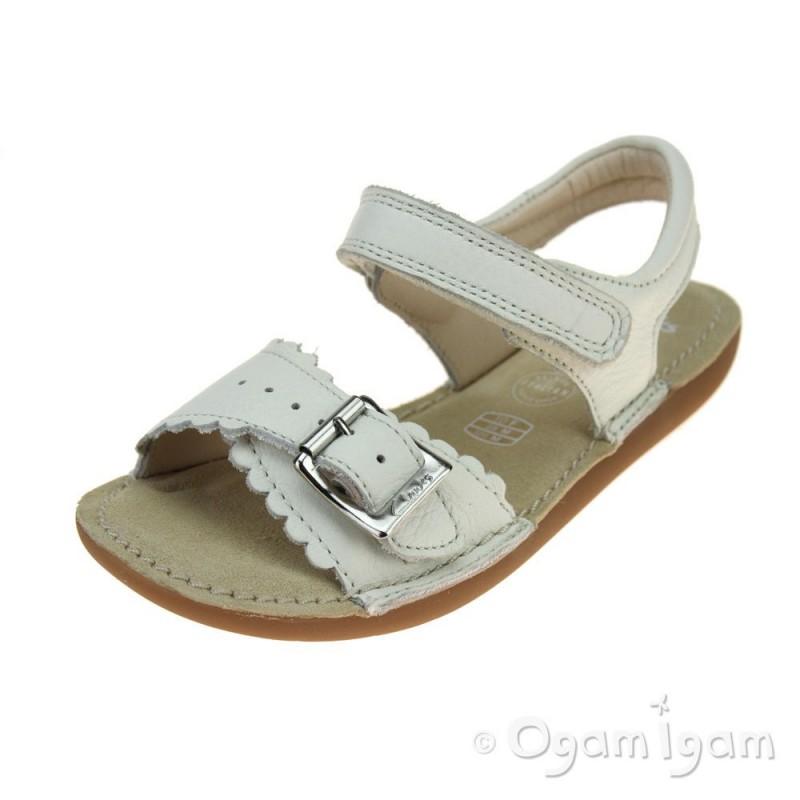 8c1f5d3e66e Clarks IvyBlossom Inf Girls White Sandal
