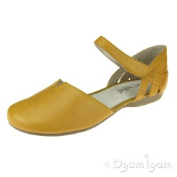 Josef Seibel Fiona 67 Womens Gelb Yellow Closed-Toe Sandal