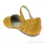 Josef Seibel Fiona 67 Womens Gelb Yellow Closed-Toe Sandal