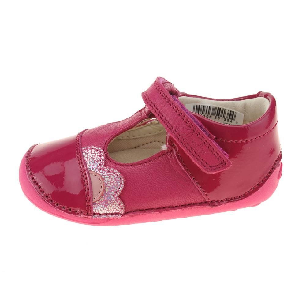 clarks caz infant pink shoe